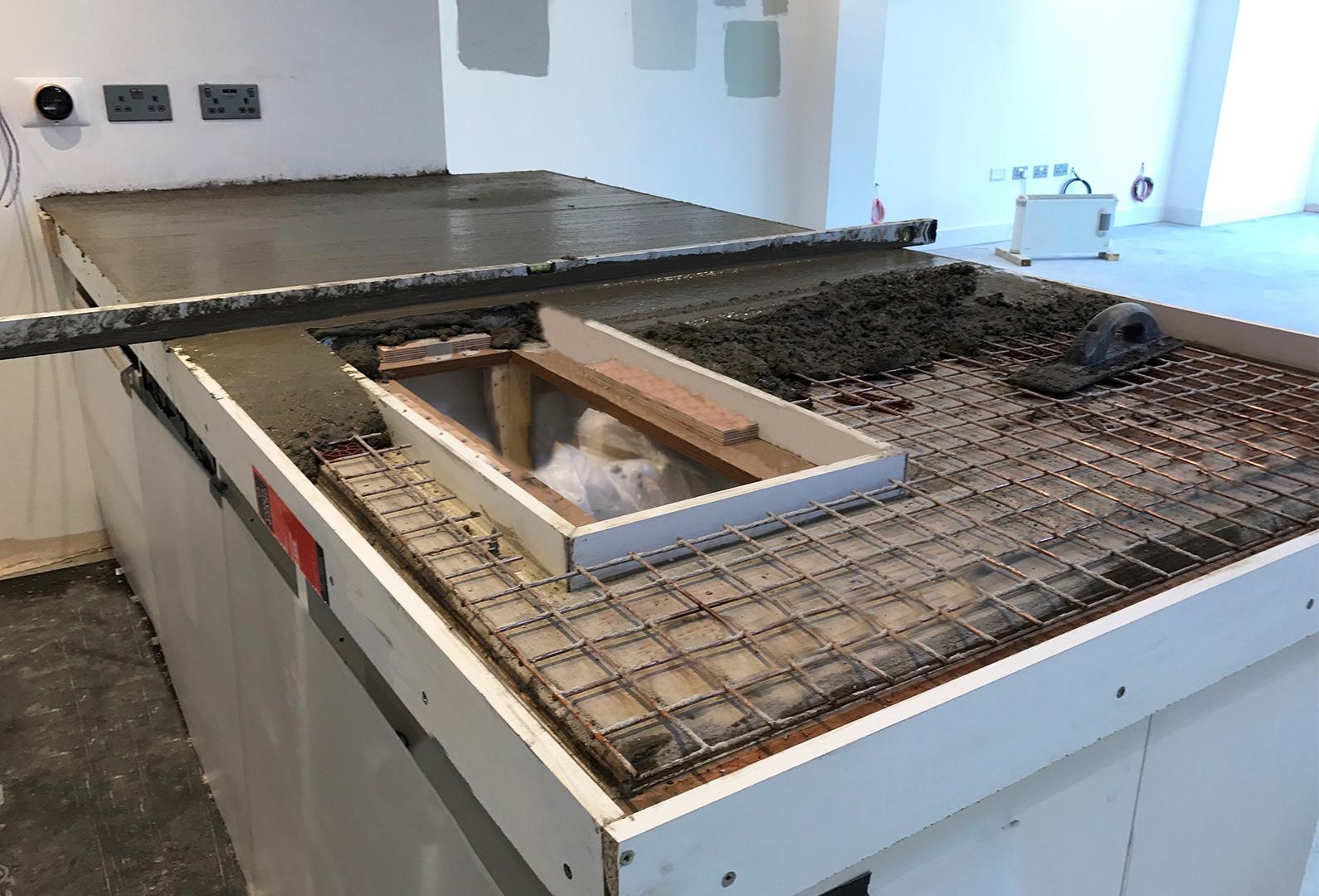 Concrete poring for the worktop