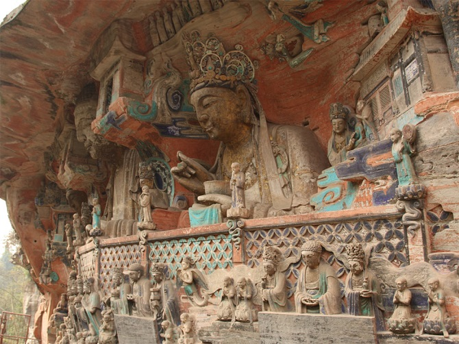 Chinese Buddhist art: Buddha statue in Dazu Rock Carvings