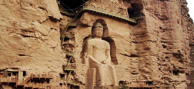 Chinese Buddhist art: Buddha statue in Bingling Temple Grottoes