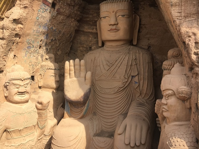 Chinese Buddhist art: Buddha statue in Tiantishan Grottoes