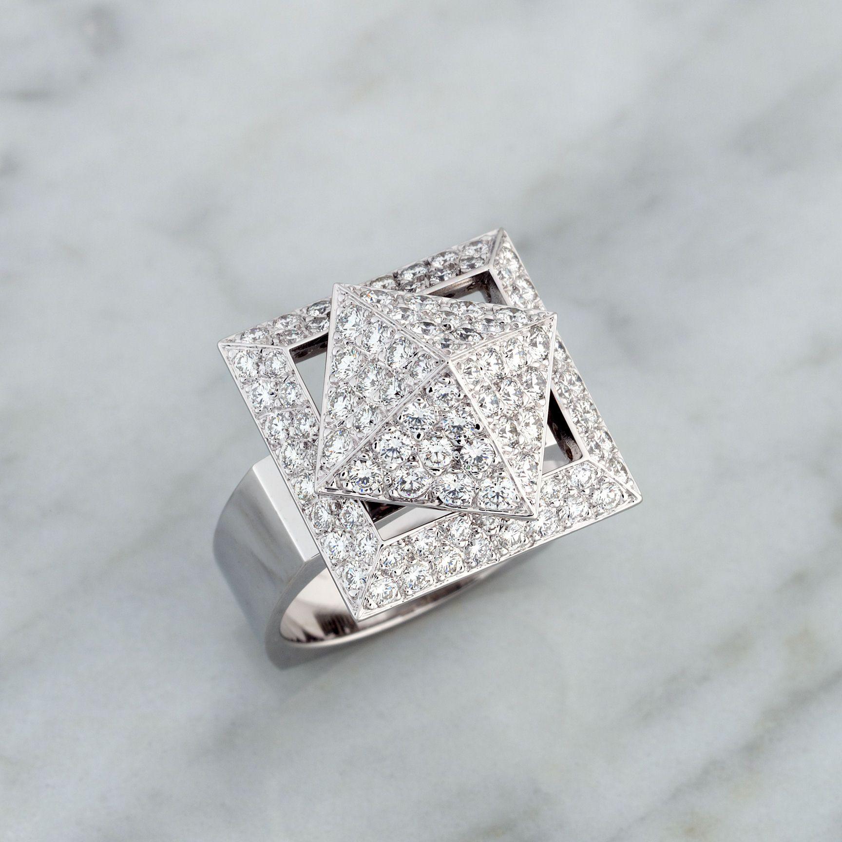 18k White Gold 1.36ct Diamond Spinner Ring