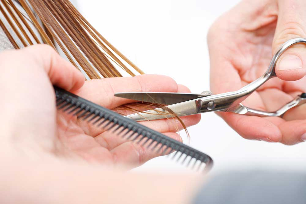 causes of women's hair fall