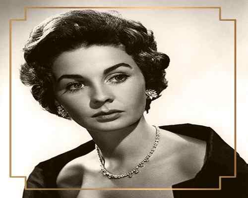 actress-wearing-diamond-choker-necklace-mayfairtrends