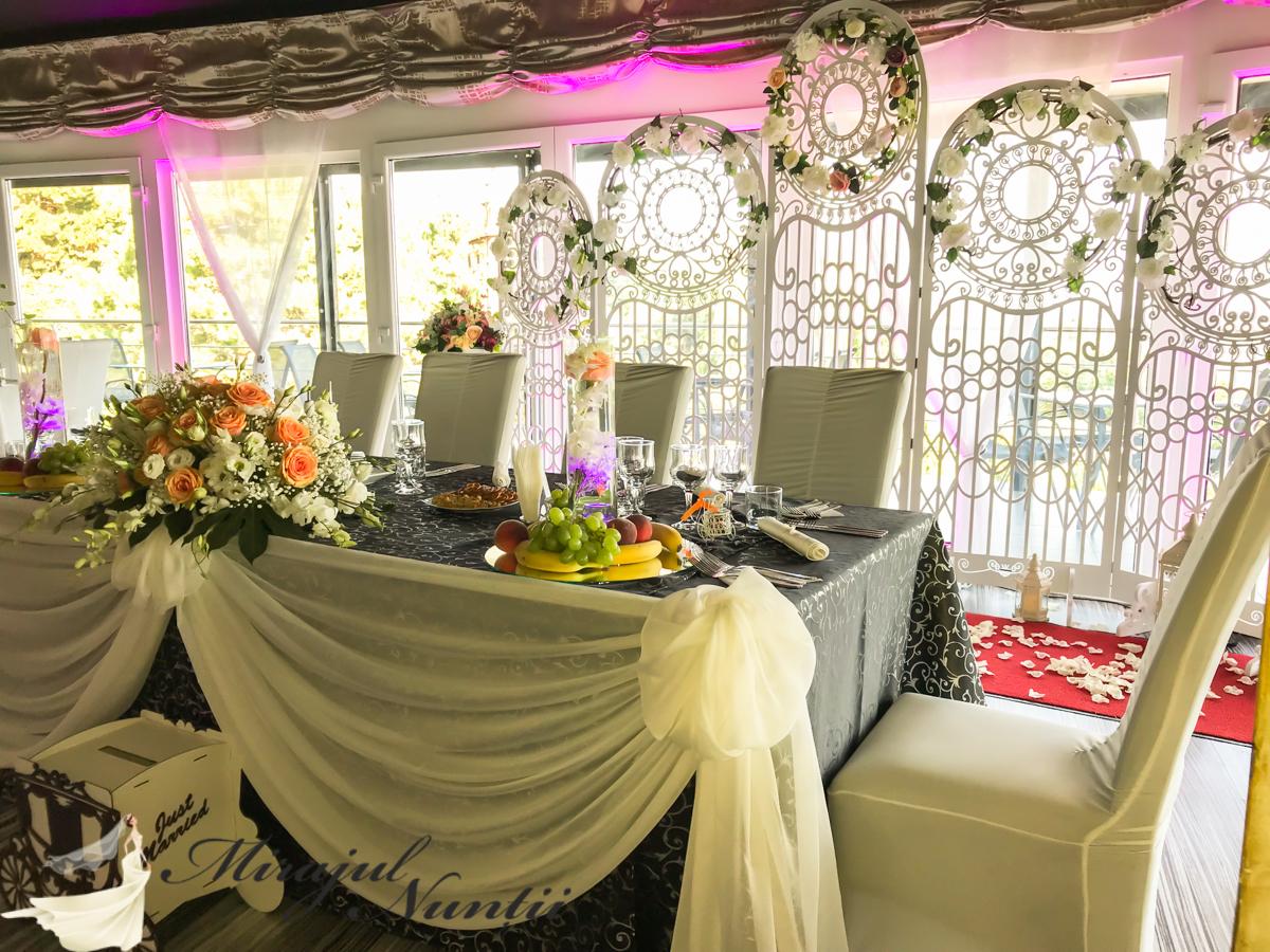 decor masa de prezidiu la nunta