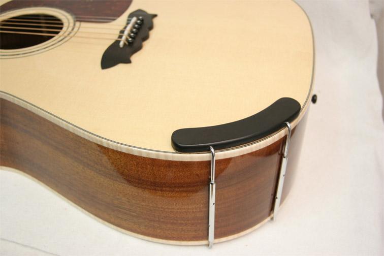 Armrest guitare à fixation mécanique