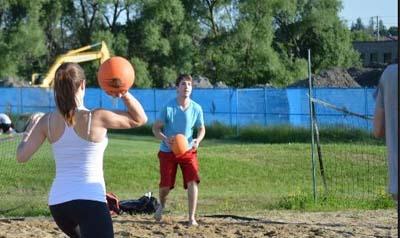 beach dodgeball in groningen