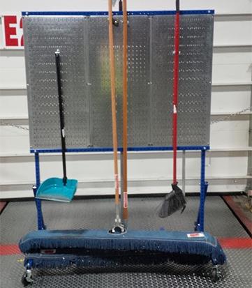shadow-board-shadowboard-cleaning-cart