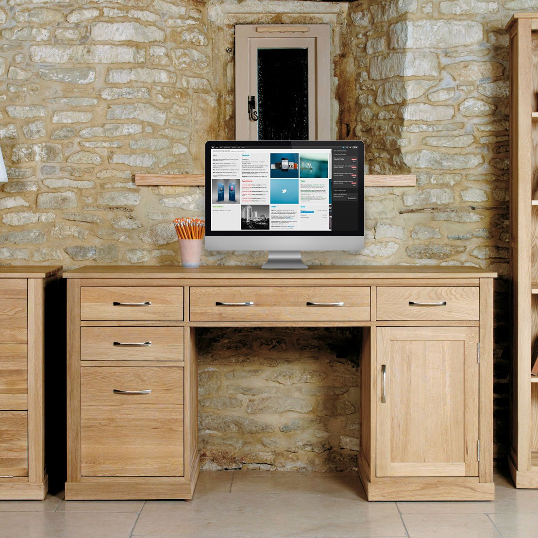 image of mobel oak console table baumhaus mobel quercus console table in rustic solid oak