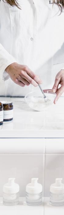 Pharmacienne - conseils dermato