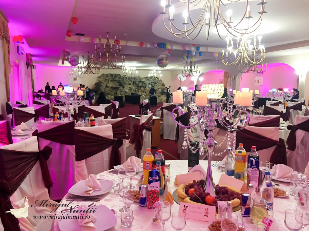 Aranjamente nunta la Hanul Dragodana