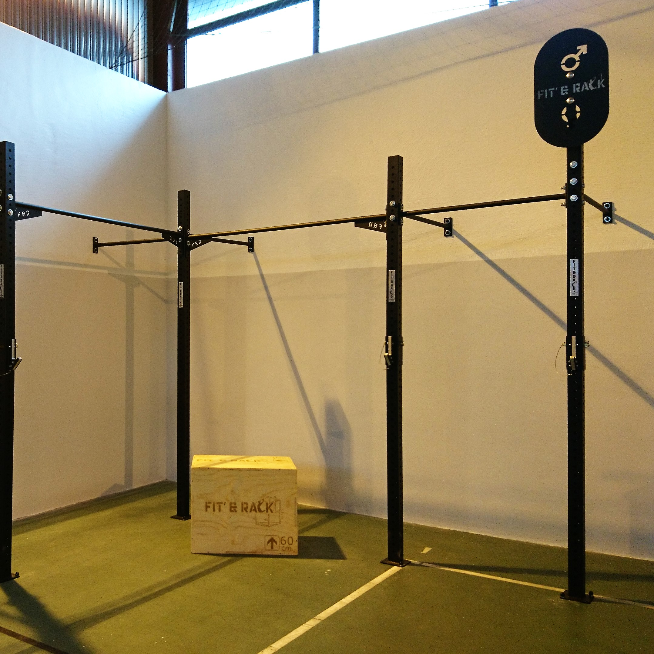 Cross-training gym