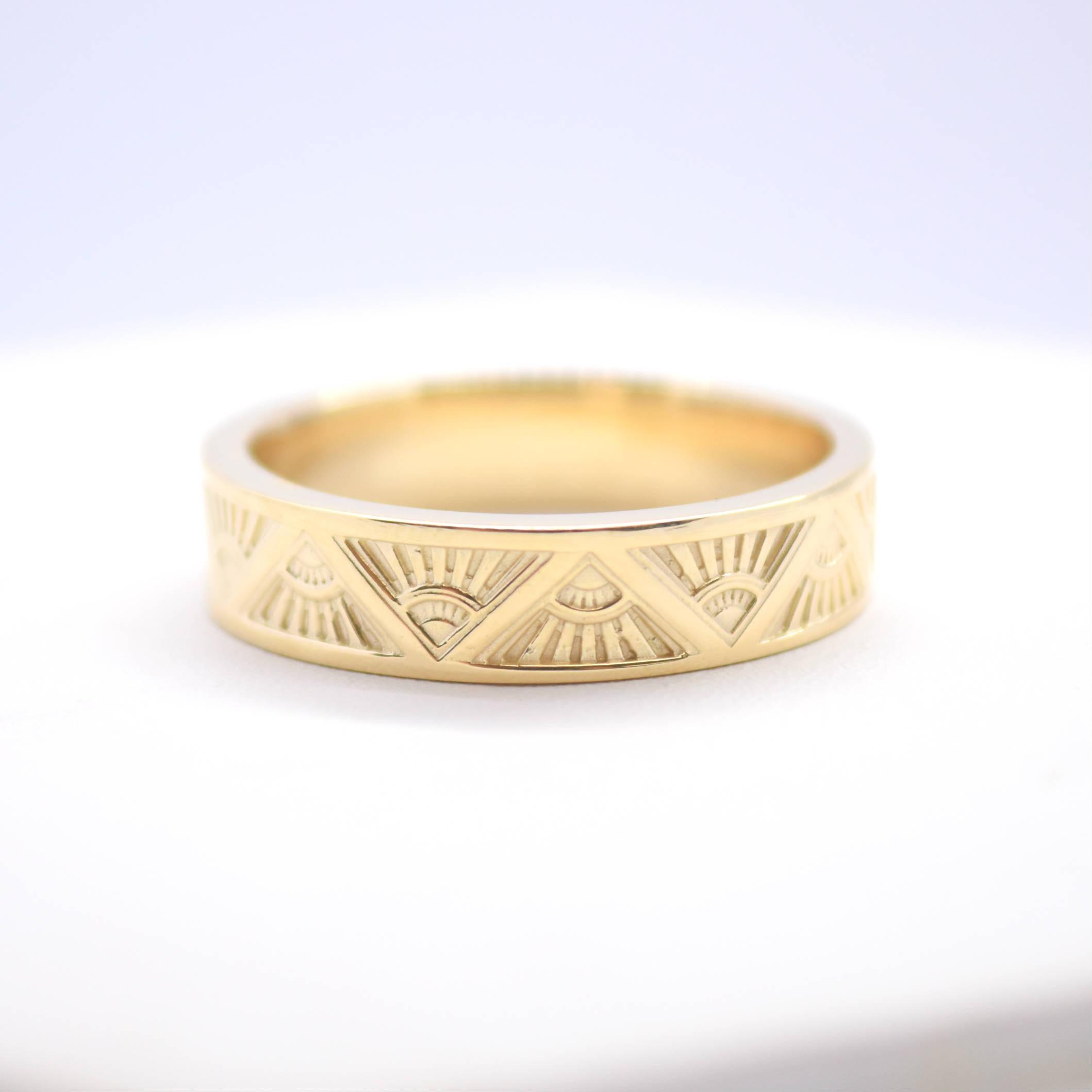 mini art deco ring yellow gold