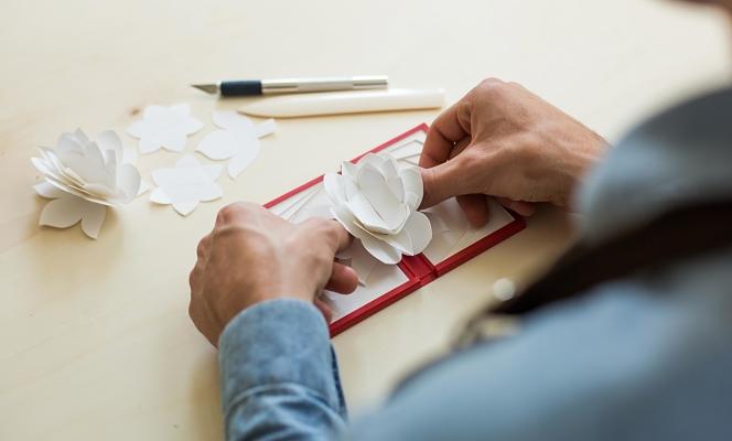 Confection des écrin à la main en France