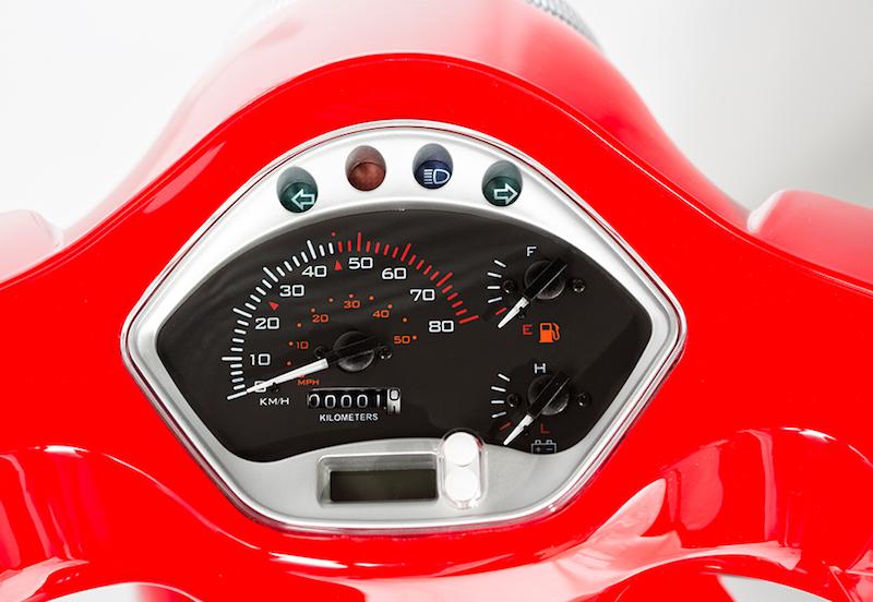 minimoto. GTS - Motorroller - Detailansicht Tacho