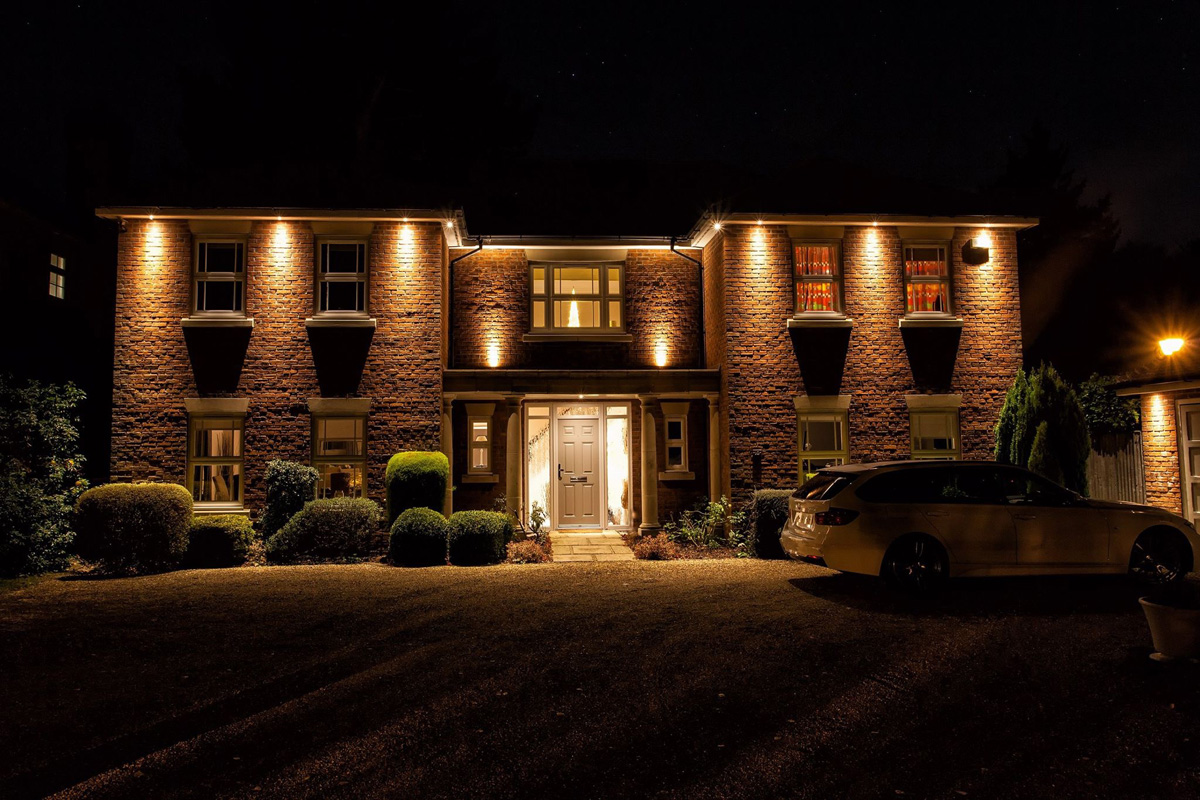 Exterior Architectural Lighting - Light Visuals