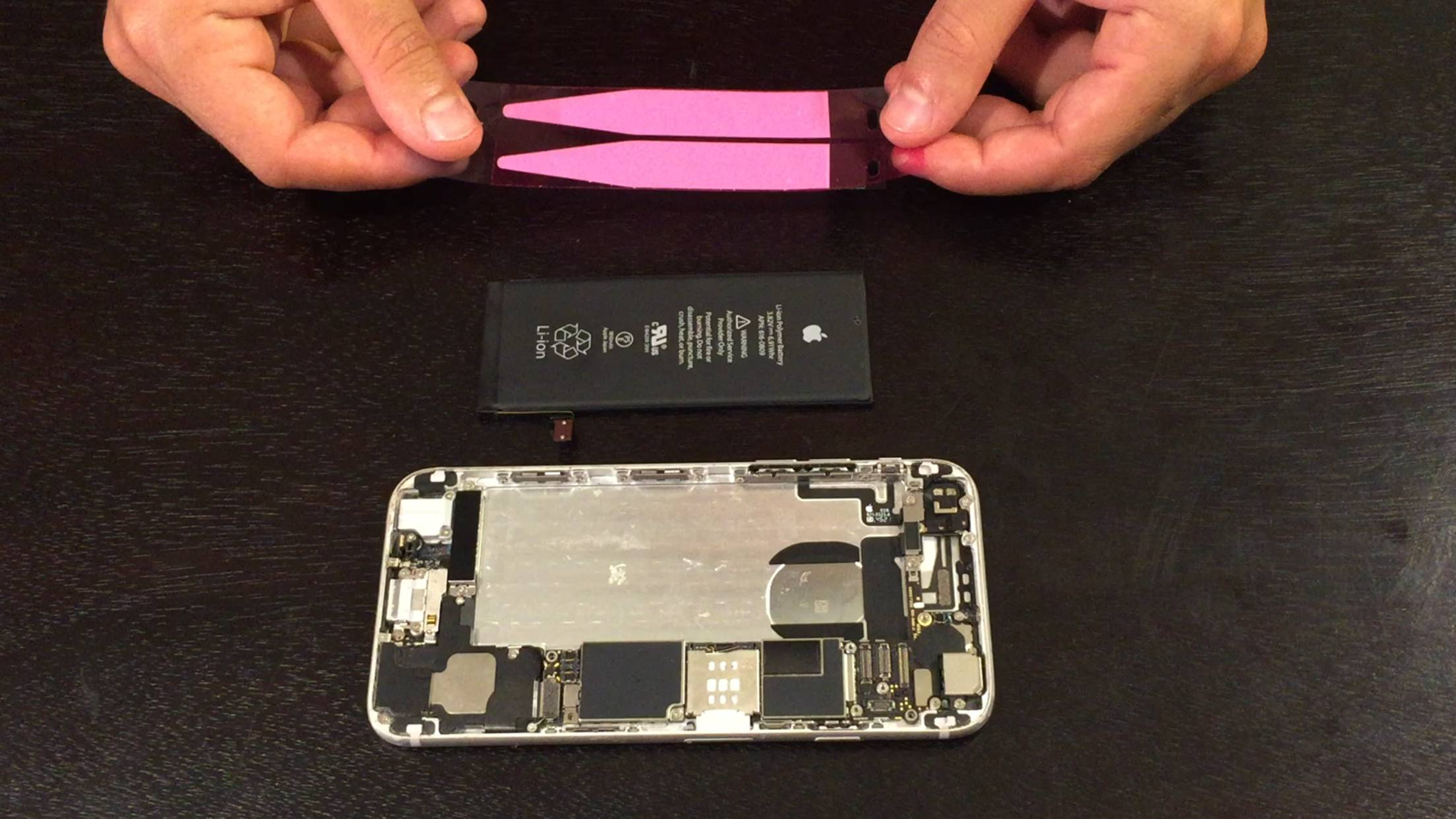 iPhone 6/6+ battery replacement guide - Installing new adhesive - 1