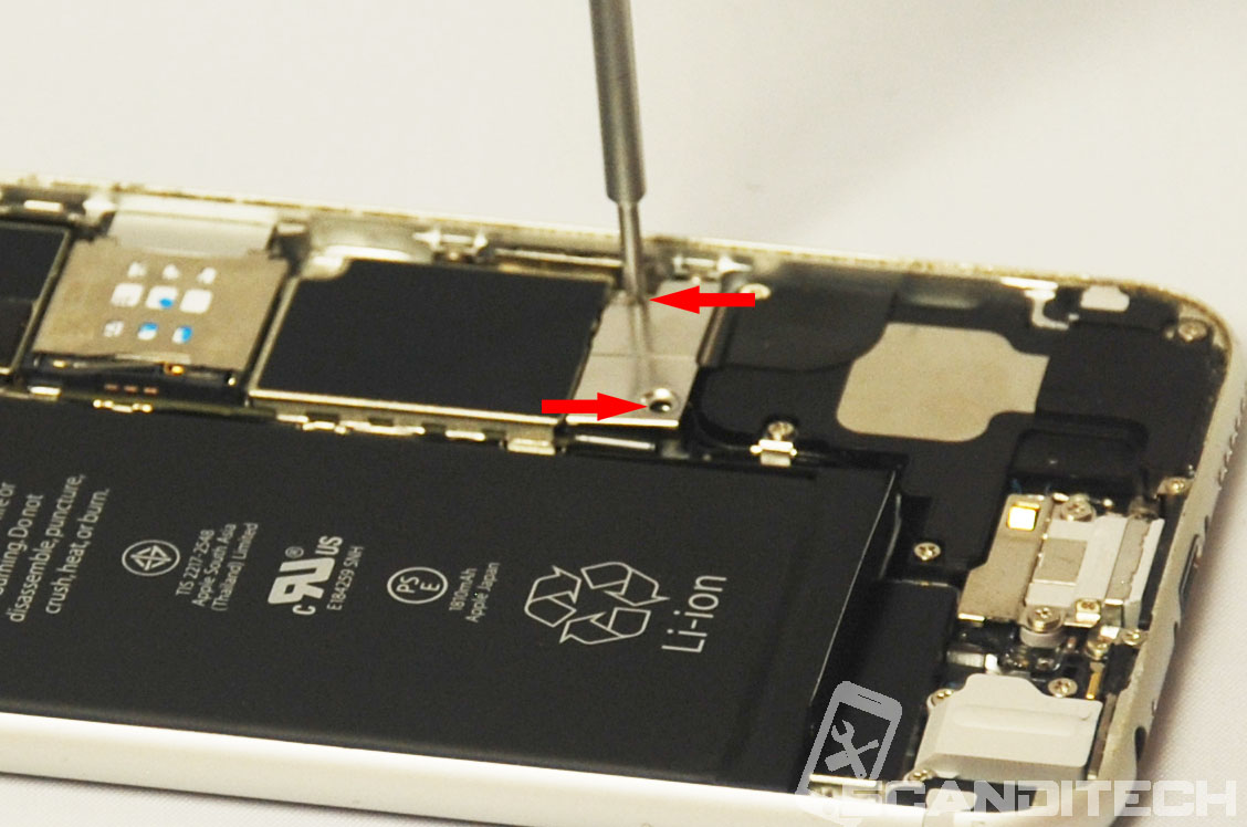 iPhone 6/6+ battery replacement guide - Reinstalling battery metal cover