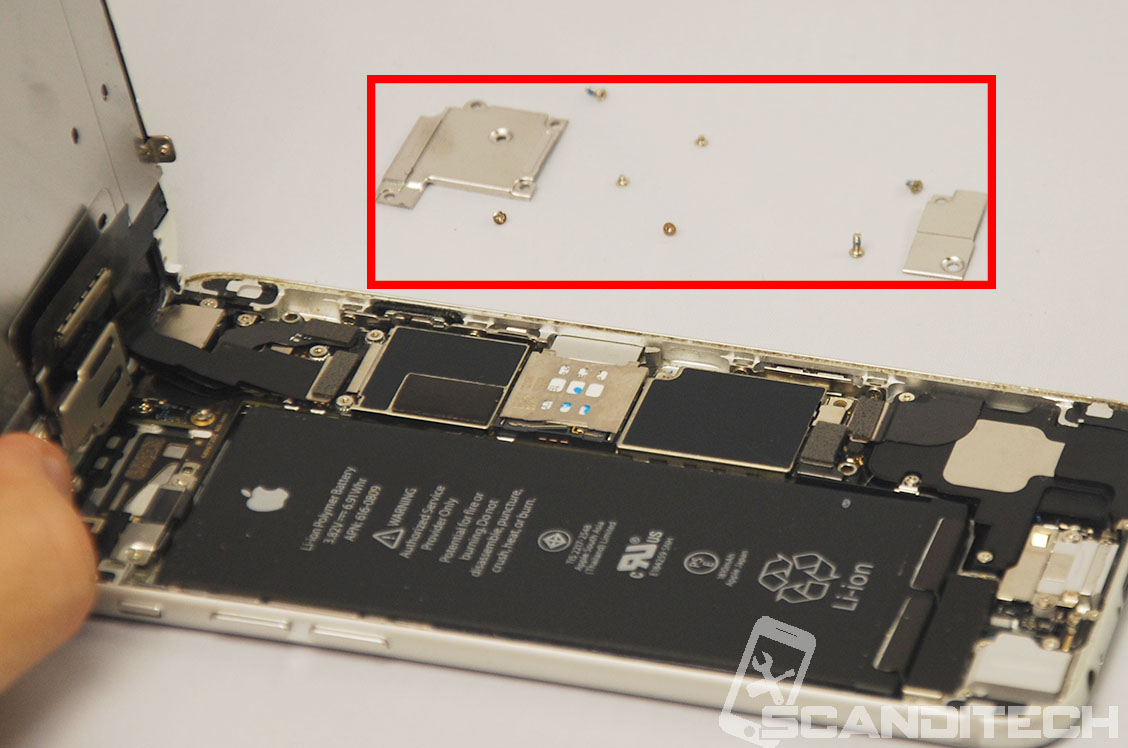 iPhone 6/6+ battery replacement guide - Removing the metal cover