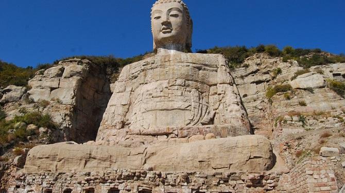 Chinese Buddhist art: giant Buddha statue, Mengshan Giant Buddha