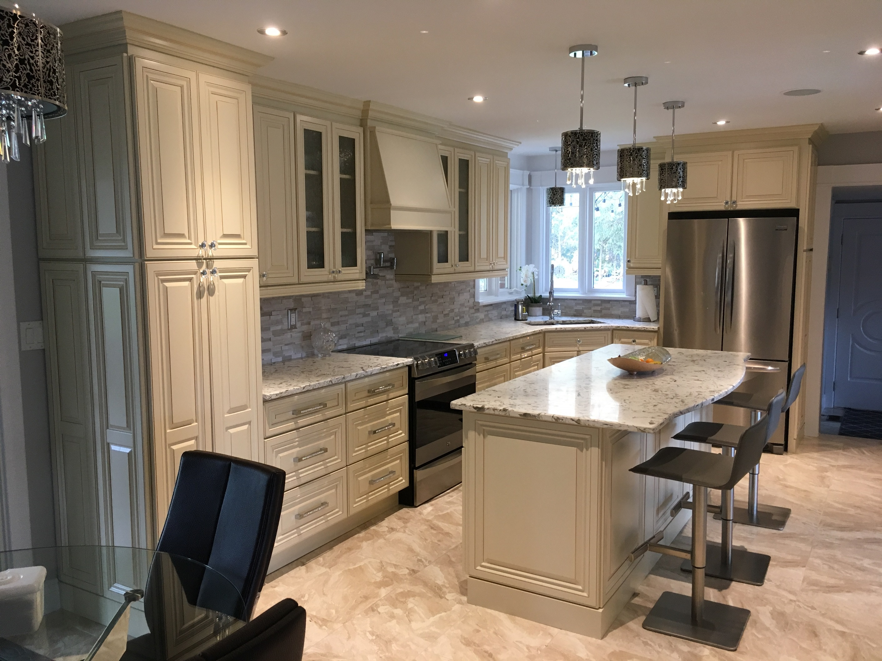 Kitchen Cabinets London 12