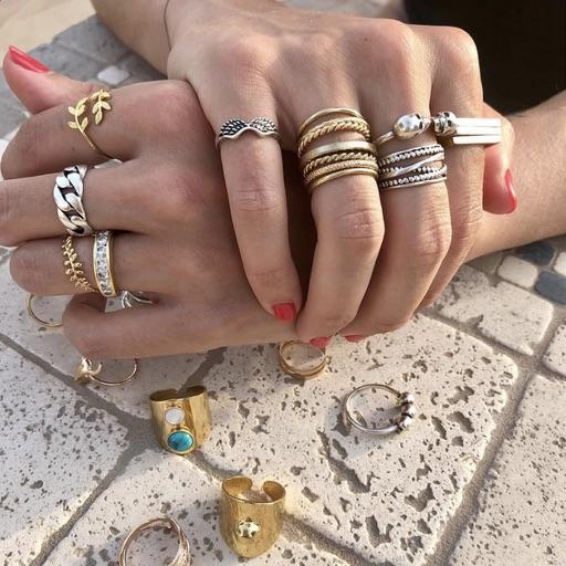 gold rings Parisian style