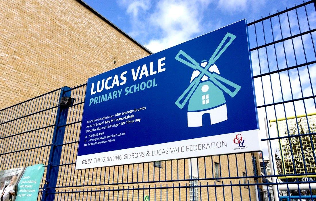 School Entrance Signs Advertisement