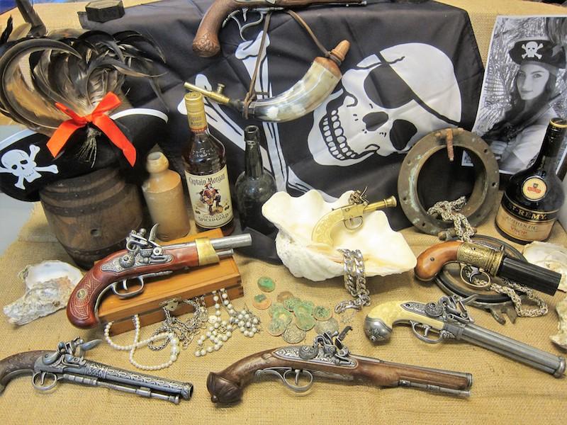 pirate flintlock pistols