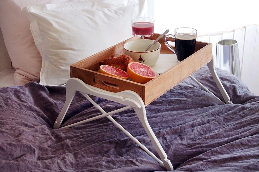 Diy Bett Tischchen Einfach Selbermachen Quqon Schlafblog